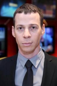 مراسل القناة الثانية السياسي عميت سيجال (CC BY-SA Hanay/Wikimedia Commons)