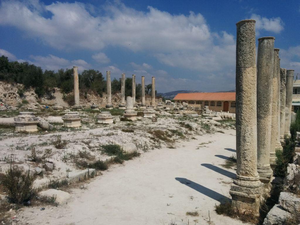 آثار الكاتدرائية الرومانية  في سبسطية بالضفة الغربية (Ilan Ben Zion/Times of Israel)
