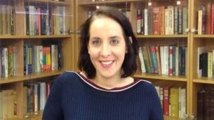 اوريت برلوف، خبيرة بالشبكات الاجتماعية الفلسطينية في معهد الدراسات الامنية، 13 اكتوبر 2015 (Elhanan Miller/Times of Israel)