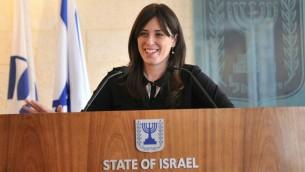 نائبة وزير الخارجية الإسرائيلية تسيبي حطفلي في وزارة الخارجية في القدس (Elram Mendel)