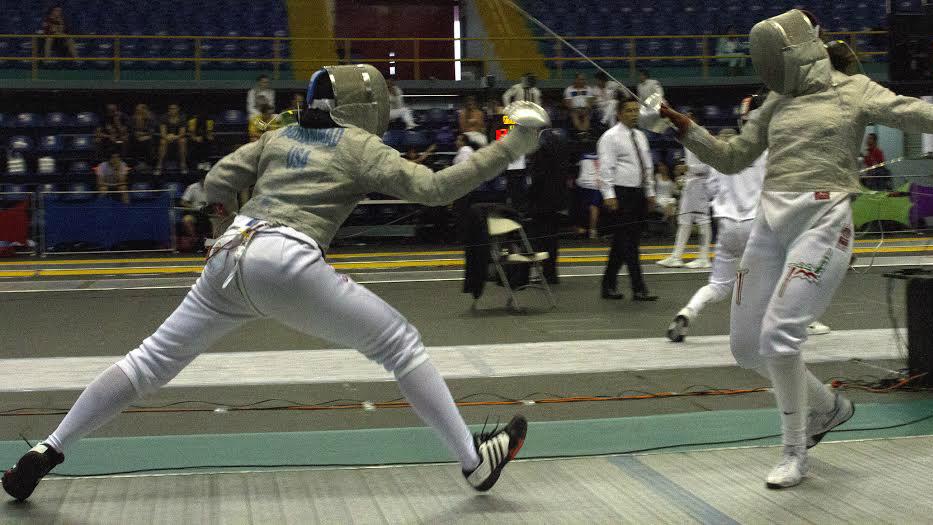 إيتهاج 'إبتي' محمد تستعد لتمثيل الولايات المتحدة في الالعاب الأولمبية في ريو دي جانيرو في رياضة المبارزة بالسيف. (courtesy)