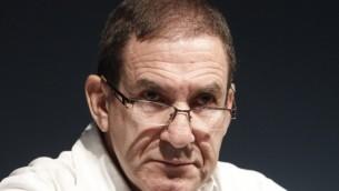 مدير شركة الكهرباء الإسرائيلية يفتاح رون تال، 23 اكتوبر 2013 (Miriam Alster/FLASH90)