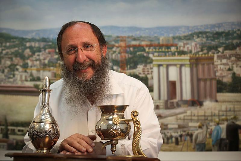 الحاخام حايم ريخمان، المدير الدولي ل'معهد جبل الهيكل'، الذي يسعى لاعادة بناء الهيكل في القدس (Nati Shohat/Flash90)