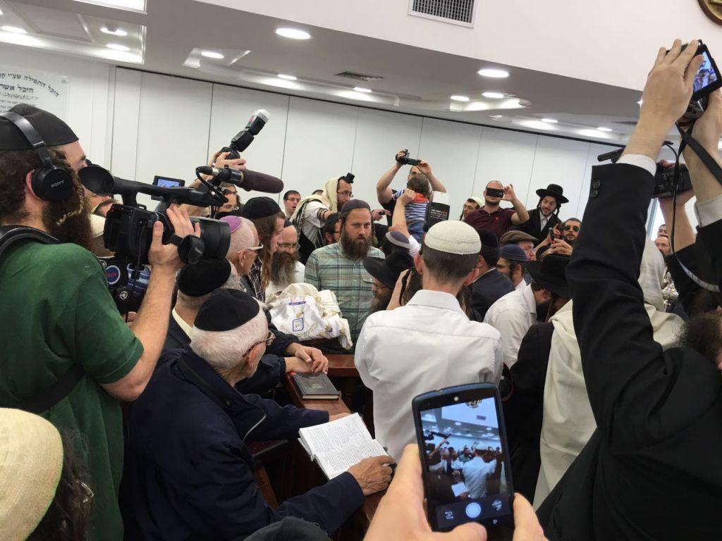 طهور نيتساح بنيامين اتنغر في القدس، 4 ابريل 2016 (Ari Abramowitz/courtesy)