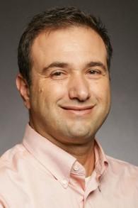 د. عنباري موردخاي، الخبير في قضية التعصب اليهودي، والمحاضر للدين في جامعة كارولاينا الشمالية (courtesy)