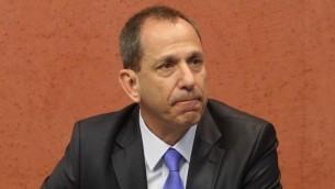 شموئيل هاوزر، رئيس هيئة الأوراق المالية الإسرائيلية (Roni Schutzer/FLASH90)