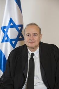 رئيس المحكمة المركزية في حيفا يوسف الرون، 10 نوفمبر 2014 (Yonatan Sindel/Flash90)