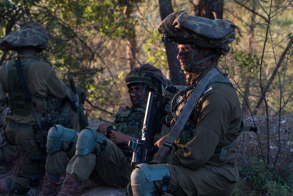 افراد وحدة 'ايغوز' يشاركون في تدريب عسكري في قبرص، يونيو 2017 (IDF Spokesperson's Unit)