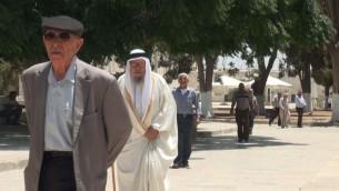 مصلون مسلمون في الحرم القدسي، 18 يوليو، 2017. (الحرم القدسي)