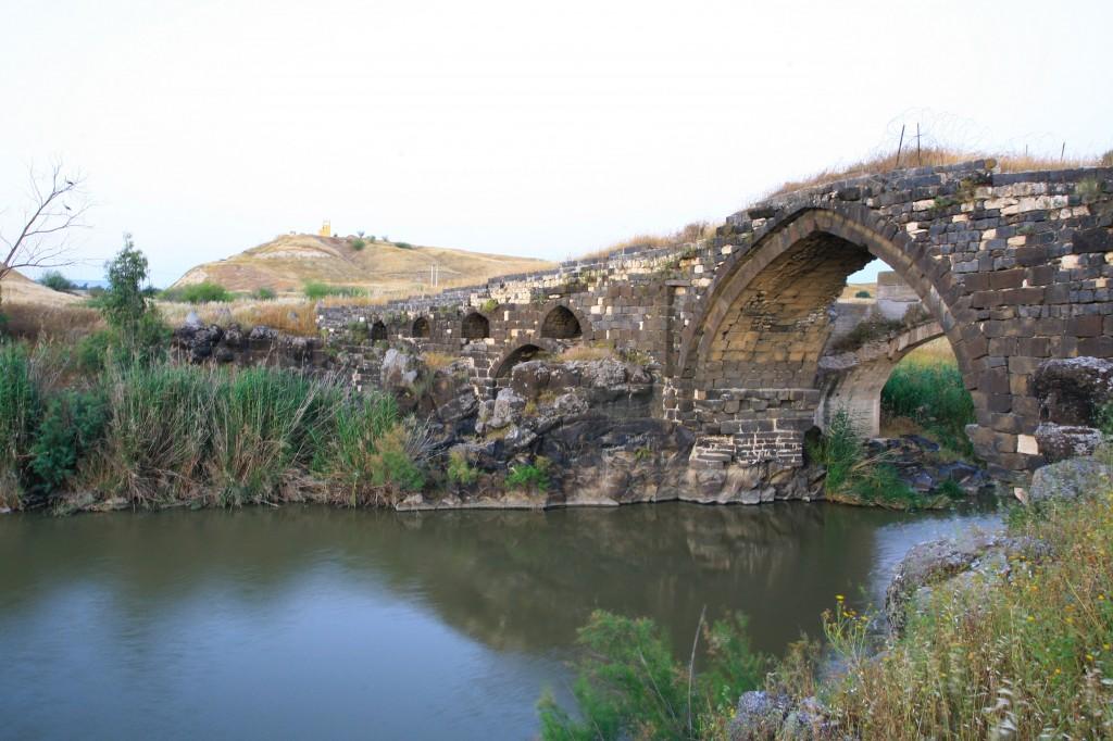 صورة توضيحية لنهر الأردن. (Chen LeopoldFlash90)