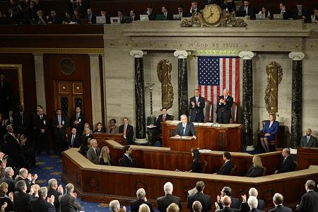 رئيس الوزراء الاسرائيلي بنيامين نتانياهو في اجتماع مشترك للكونغرس في واشنطن العاصمة يدعو فيه الى رفض اتفاق نووي سيء مع ايران في 3 مارس 2015. (Amos Ben Gershom/ GPO)