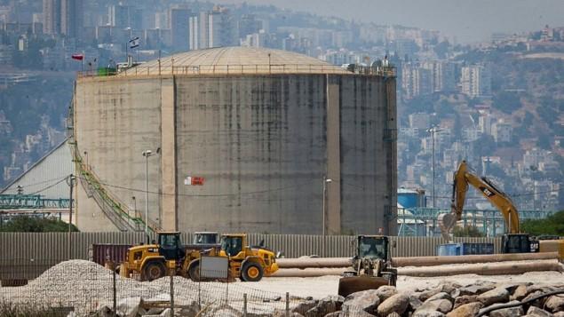 خزان الامونيا في مدينة حيفا، 30 يونيو 2017 (Flash90)