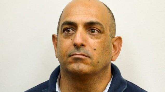 دافيد شارانخلال جلسة تمديد اعتقاله في محكمة الصلح في ريشون لتسيون، 3 سبتمبر 2017 (Flash90)