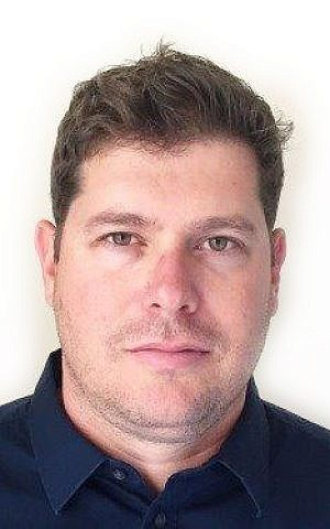 يوئيل غوزانسكي، باحث كبير للشؤون الإيرانية والخليجية في المعهد الإسرائيلي للأمن القومي. (Courtesy)