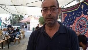 زهير عثمان، والد يوسف عثمان، الذي قُتل في هجوم وقع في 26 سبتمبر، 2017. (Dov Lieber / Times of Israel)