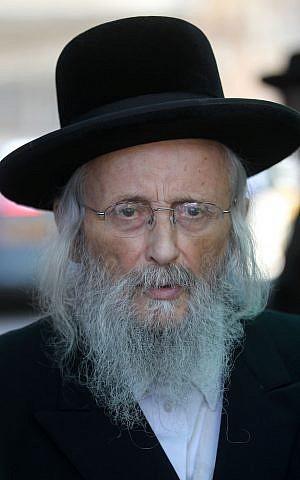 يتسحاق طوفيا فايس، رئيس 'مجلس القدس' الأرثوذكسي اليهودي، الذي يُعرف بالعبرية باسم 'عدا حريديت'، 23 سبتمبر، 2012. (Nati Shohat/Flash90)