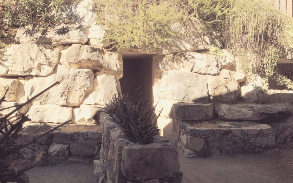 The archaeological replicas around the Biblical History Center include a tomb from the First Temple period.