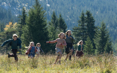 """Fanny (Léonie Souchaud) leads a group of fellow Jewish children fleeing France for Switzerland in """"Fanny's Journey,"""" being shown Jan. 28 and 29 and Feb. 5, 10 and 11."""