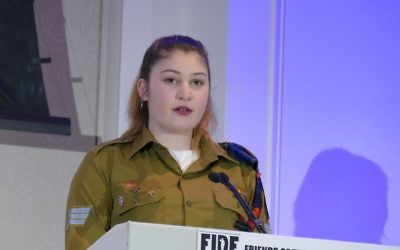 IDF Sgt. Emma Browne speaks at the FIDF commemoration of the Six-Day War on June 12.
