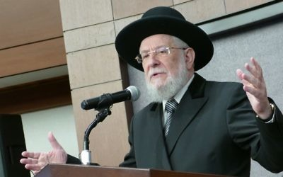 Rabbi Israel Meir Rau speaks about the critical role of the shul for Jewish survival.