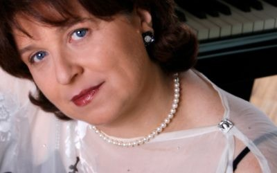 A native of Latvia, Dina Yoffe trained at the Tchaikovsky Conservatory of Music in Moscow. Photo courtesy of the artist