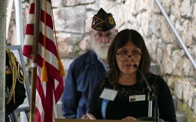 Hemshech President Karen Lansky Edlin recalls her friend Ben Hirsch, who served as Hemshech's president for 13 years.