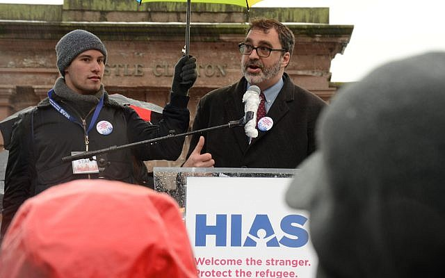 Mark Hetfield, President and CEO of HIAS, the global Jewish nonprofit that protects refugees, welcomes hundreds to the Jewish Rally for Refugees in Battery Park, New York, on February 12, 2017. The gathering was one of several rallies nationwide convened by HIAS and co-sponsored by Jewish organizations. (Photo: Gili Getz/HIAS)