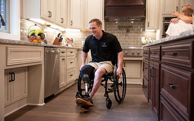 U.S. Army Sgt. Eric Hunter in his Fayetteville, Ga., home.