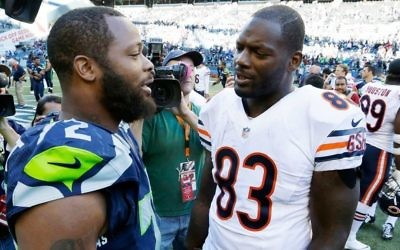 Patriots, tight end Martellus Bennett (right), and brother Michael Bennett (left) both recently backed out of a trip to Israel.