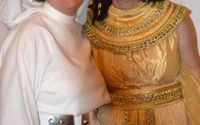 SOJOURN Executive Director Rebecca Stapel-Wax and honoree Rabbi Pamela Gottfried
