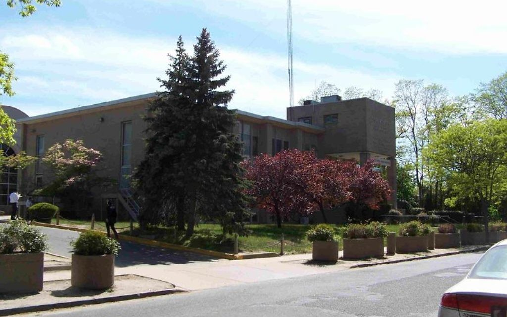 The old beis madrash building at the Lakewood yeshiva