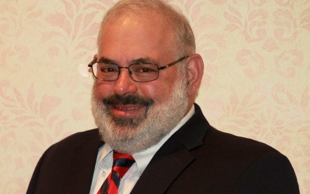 Marty Gilbert has left snow and his lifelong home behind in New Jersey to lead operations at Congregation Etz Chaim.