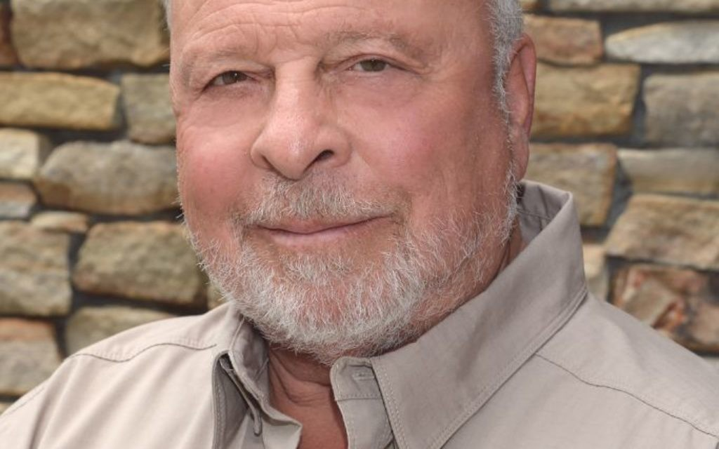 Nelson DeMille says twists and turns don't make a book better.