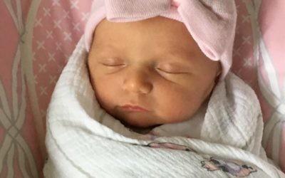Annie Weinberg was born April 15, 2017.