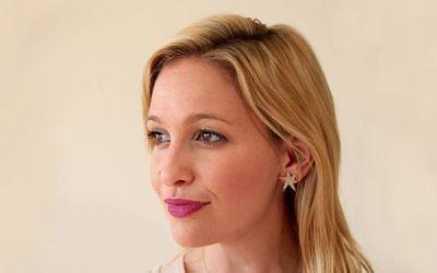Jen Glantz likes to help others become entrepreneurs.