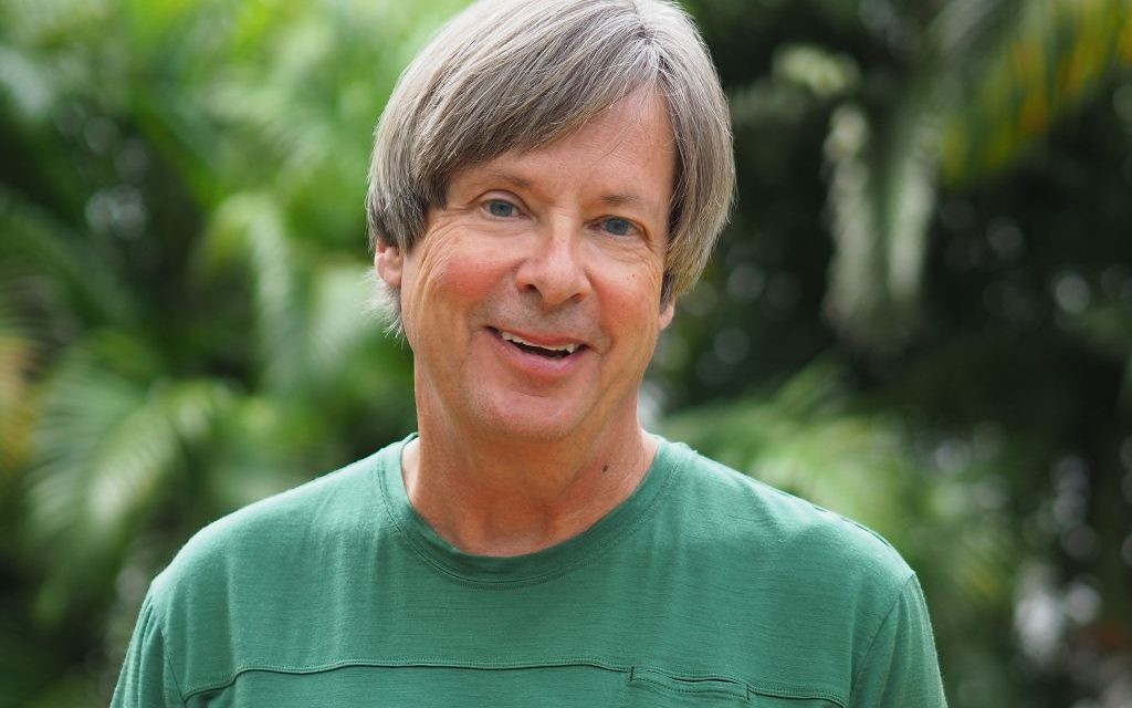 "Pulitzer Prize-winning columnist Dave Barry is the token non-Jew behind ""For This We Left Egypt?"" (Photo by Michelle Kaufman)"