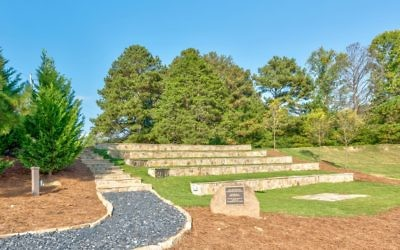 Congregation Etz Chaim has carved an outdoor sanctuary into a hill.