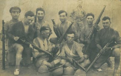 Abe Simon (middle of the back row) and other members of the 39th Fusiliers take a break from the fighting at Megiddo in 1918.