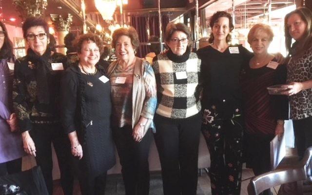 Graduating from the Centennial Leadership Institute on Dec. 10 are (from left) Sara Meyers, Anita Walters, Linda Lieberman, Nancy Schwartz, Vivian Gerow and Ellen Weinstein with facilitators Linda Hakerem and Michele Weiner-Merbaum. Not shown is graduate Marni Hoffman.