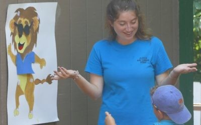 A camper must match the Hebrew word with the body part of the lion during a game in Camp Isidore Alterman's Gesher program last summer.