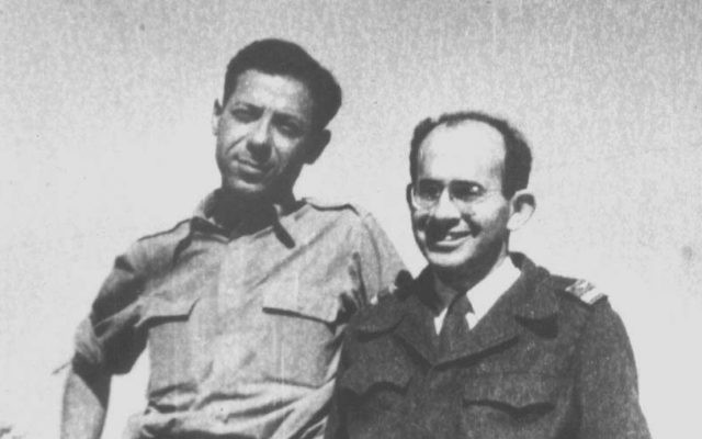 David Macarov (right) poses with painter Emmanuel Mane-Katz in 1948. (Photo courtesy of the Cuba Family Archives at the Breman Museum)