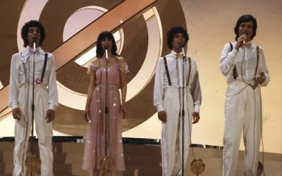 "Milk and Honey perform ""Hallelujah"" at Eurovision 1979 in Jerusalem."