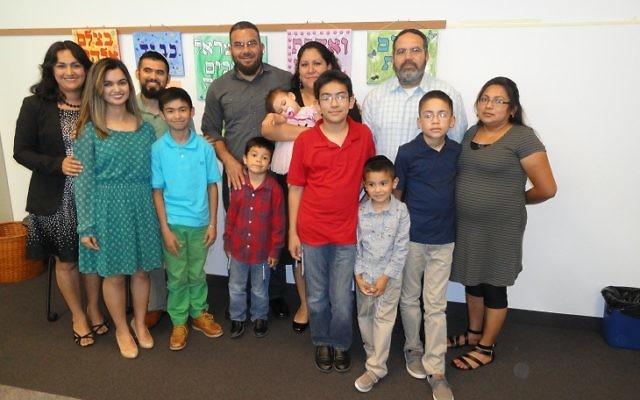 Vinício and Rosaura Álvarez Sierra, Juan and Katia Rivera Romo, and Rodolfo Romo Garcia and Rina Hernández Romo converted to Judaism with their children.