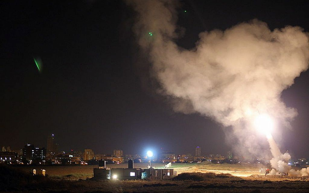 Iron Dome system intercepts Gaza rockets aimed at the city Ashdod, 8 July 2014.