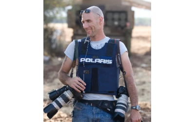 "Israeli photographer, Ziv Koren, will speak about his latest book, ""Snapshot."""