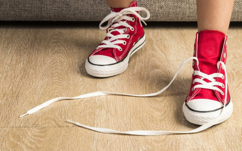 Honey, Your Shoes are Untied | Atlanta Jewish Times
