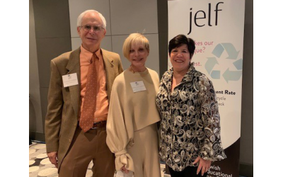 Former JELF presidents Drs. Steve and Marianne Garber congratulate Eydie Koonin, award recipient and executive board member.