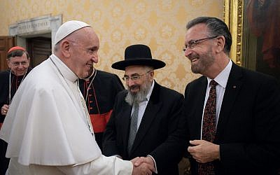 Rabbi David Rosen had a private audience with Pope Francis during the 16th meeting of the Joint Commission of the Chief Rabbinate of Israel and the Holy See Commission for Religious Relations with the Jews in November 2018.