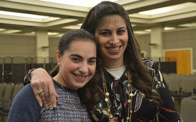 Photos by Leslee Morris // Sara Nir and her daughter, Chani.