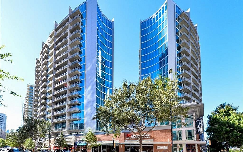 Plaza Midtown at 950 W Peachtree Street and 44 Peachtree Place boasts 452 homes on its 20 floors.